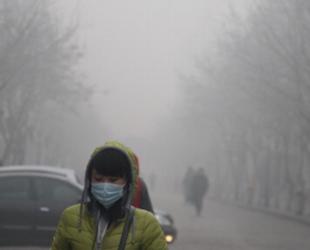 Затвориха училищата в Банкок заради токсичен смог