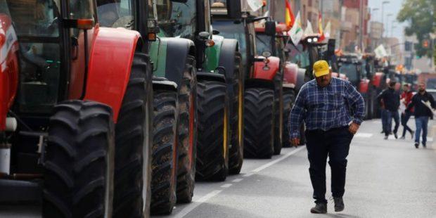 Мащабен протест на фермерите в Испания, заради ниските изкупни цени на продукцията