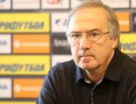 Дерменджиев ще говори с Ивелин Попов след мача срещу Беларус