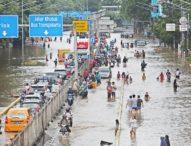 Тежки наводнения взеха най-малко 5 жертви в индонезийската столица Джакарта