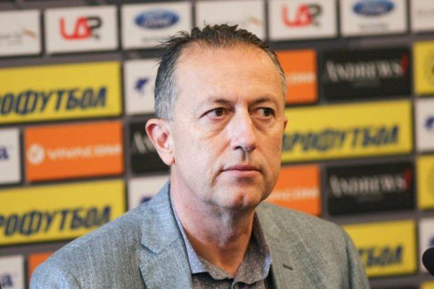Фурнаджиев: Има вероятност някои клубове да не получат лиценз