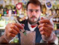 """Московски бар предлага цветен коктейл, кръстен """"Коронавирус"""""""