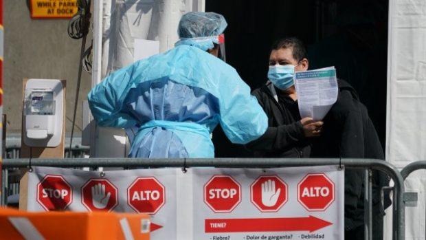 10 000 нови случая на заразени с коронавирус в САЩ само за ден