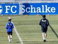 Играчите на Шалке вече тренират, спазвайки дистанция