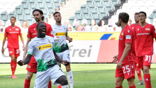 Борусия М. надделя над Унион с 4:1 и излезе на трето място в Бундеслигата