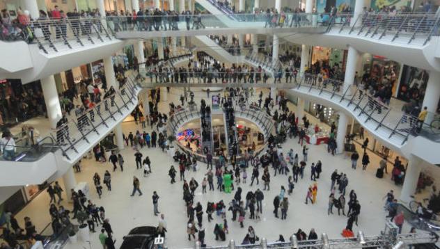 Молове пред фалит: Собствениците на магазини искат помощ от ...