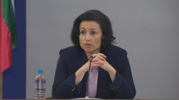 Десислава Танева: Очакваме около 5 милиона тона добив на зърно