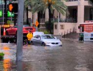Тежки наводнения във Флорида след няколко дни на проливни дъждове