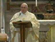Папата ще се моли срещу пандемията от коронавирус следващия един месец