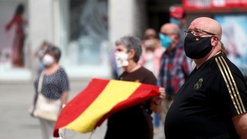 Испания наложи карантина в няколко училища на втория учебен ден