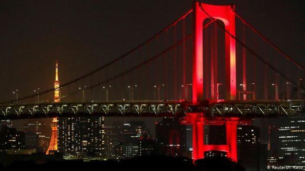 Уникално светлинно шоу в Токио призова към бдителност на фона на пандемията от COVID – 19