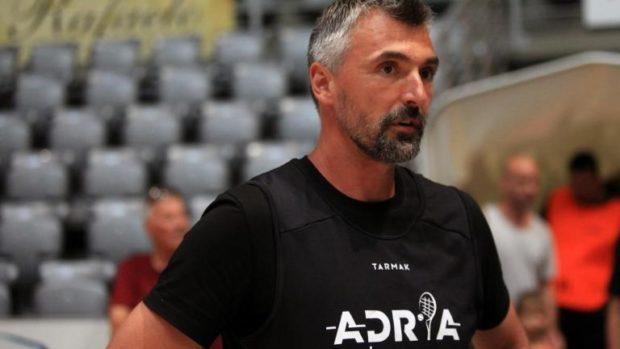 Горан Иванишевич е с COVID-19 след два отрицателни теста