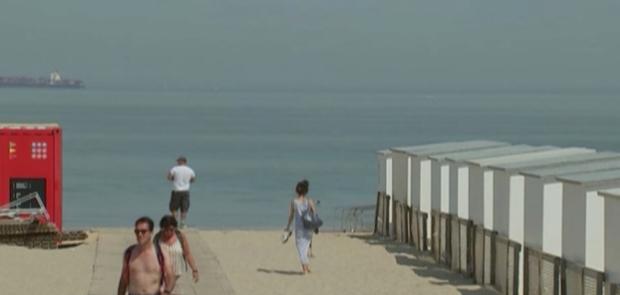 COVID-19: Белгия пуска приложение, за да ограничи препълването на плажовете в страната