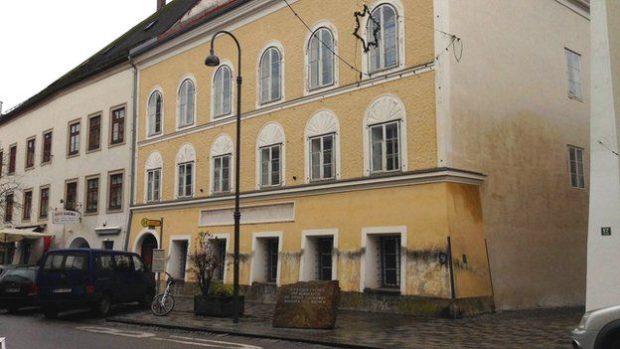 Превръщат родната къща на Адолф Хитлер в Браунау в полицейски участък