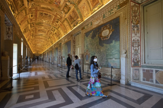Ватиканските музеи отново отвориха за посетители