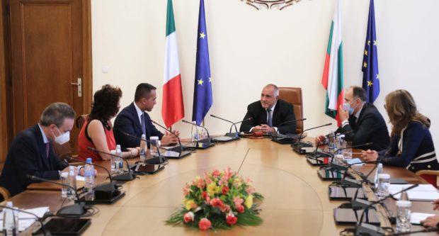 Луиджи Ди Майо поздрави Бойко Борисов за начина, по който страната ни се справя с коронакризата