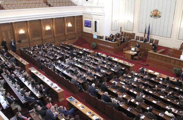 Шестима министри ще отговарят на депутатски въпроси