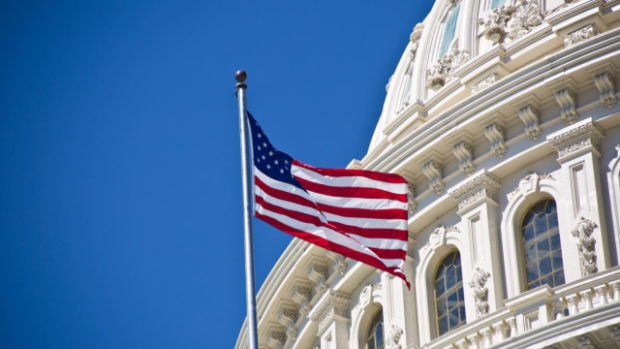 Прогрес в преговорите за пакета финансови мерки за стимулиране на икономиката в САЩ