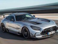 Авто Фест: Mercedes Black Series, BMW 8-Series, Reault Captur и ретро парада в Перник