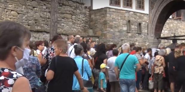 """Троянският манастир """"Успение Богородично"""" отбеляза храмовия си празник"""
