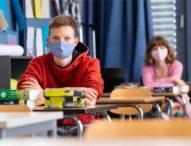 Германските ученици обратно в клас с противоречиви правила за носене на маски в училище