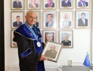 """Генерал-майор Венцислав Мутафчийски получи почетно звание """"Доктор Хонорис кауза"""""""