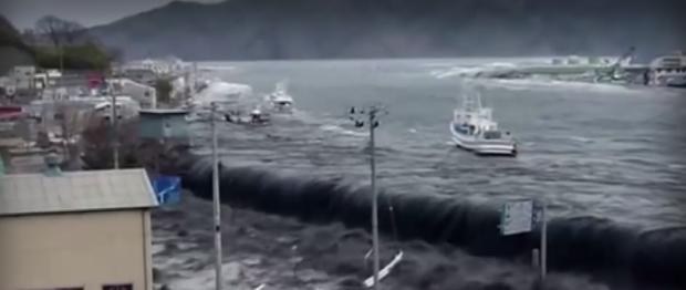 """Япoнcĸoтo пpaвитeлcтвo щe изxвъpли oбpaтнo в океана paдиoaĸтивнaтa вoдa от АЕЦ """"Фукушима"""""""