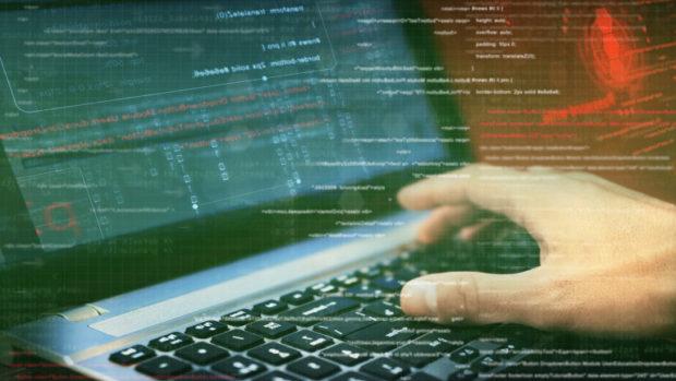 Българи са арестувани при мащабна операция срещу киберпрестъпленията