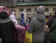 Дядо Мраз раздаде подаръци на деца с увреждания в Москва
