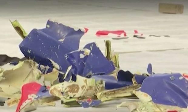 Индонезийският самолет не се е разпаднал във въздуха, а при удара във водата