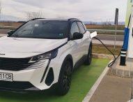 Авто Фест: тест на хибриди – Renault Captur и Peugeot 3008