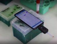 Френски учени изобретиха бърз тест за COVID-19, достъпен на смартфон