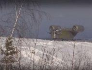 Реплика на космически кораб от фантастичен сериал кацна на хълм в руския град Якутск