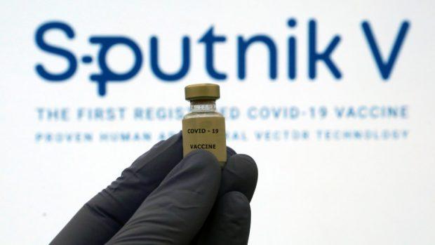 "Руските ваксини били надеждни като автоматите ""Калашников"""