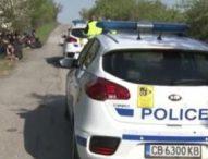 Заловиха 25 нелегални мигранти край Вакарел