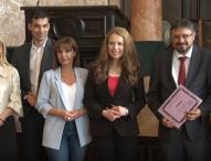 Журналистите от ТВ Европа Ани Балджиян и Диана Радева с приз за висока езикова култура в ефир