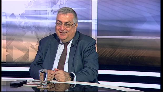Георги Близнашки: Наблюдаваме трансформация от парламентарна демокрация към президентски режим