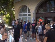 Ресторантьорите прекратяват блокадите, продължават протеста символично