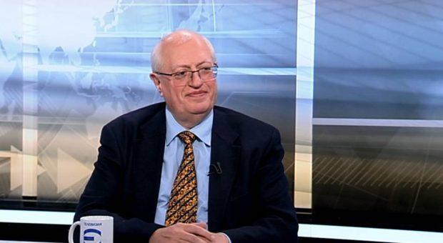 Спас Спасков: Липсата на доверие в институциите доведе до провала при ваксинацията